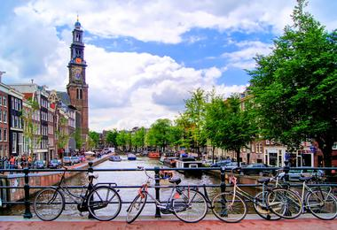 Flights from Boston to Amsterdam