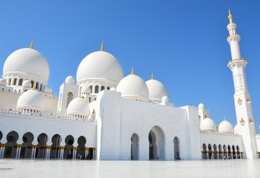 Flights from Washington to Abu Dhabi