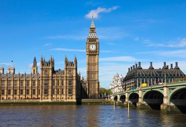 Flights from Washington to London from €802